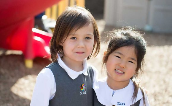 Two-girls-in-kindergarten