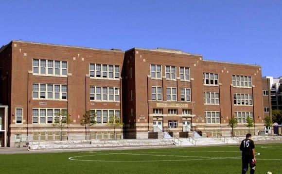 Jesse Ketchum Public School 61